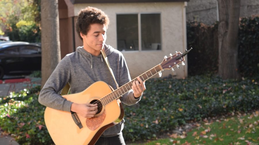 Tyson Wadkins shares his passion for music. Photo credit: Elias Denny