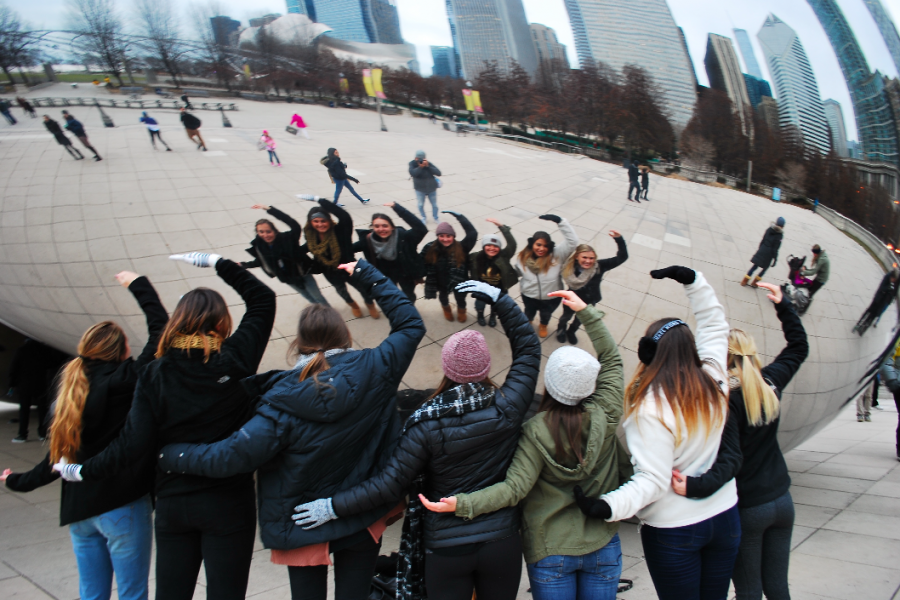 Gamma Phi Beta taking pictures in front of Cloud Gate at Chicago. Photo credit: Jessica Smilovitz