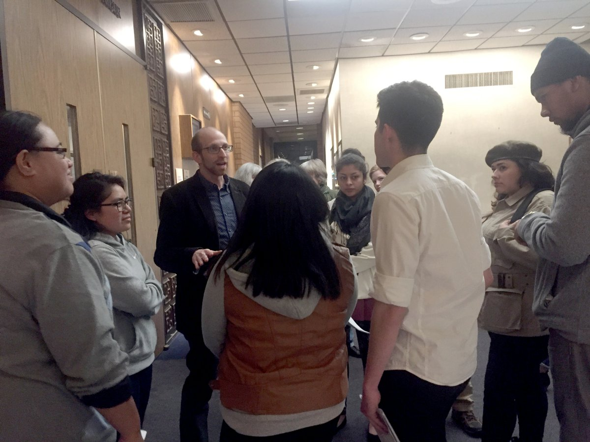 Students gather before the city council meeting to discuss their action plan. Photo credit: Bianca Quilantan