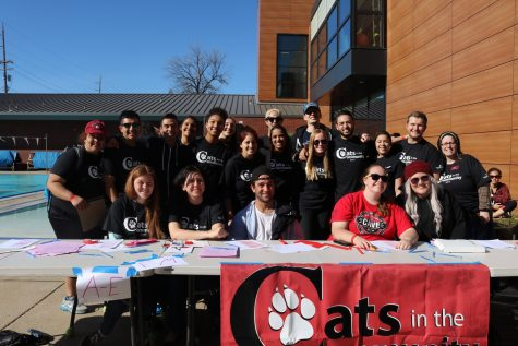 'Cats in the Community volunteer for Cèsar Chàvez day