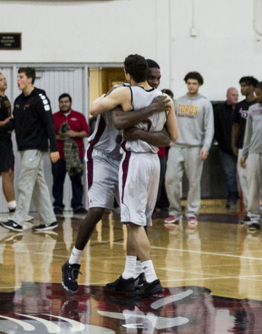 Ellis and Duncan hug after a win Photo credit: Jordyn Smith