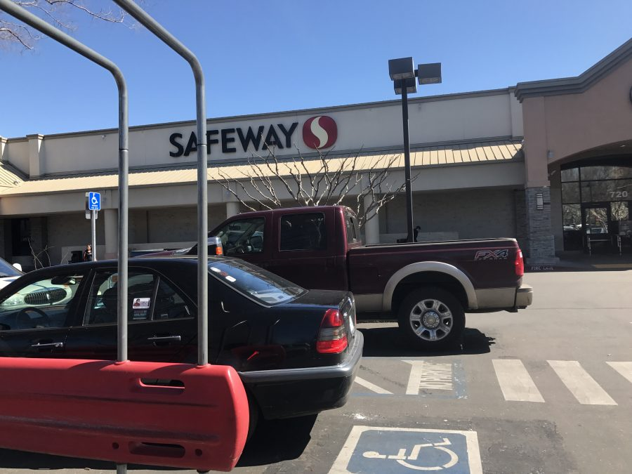 Safeway shopping center located at 720 Mangrove Ave. Photo credit: Jafet Serrato
