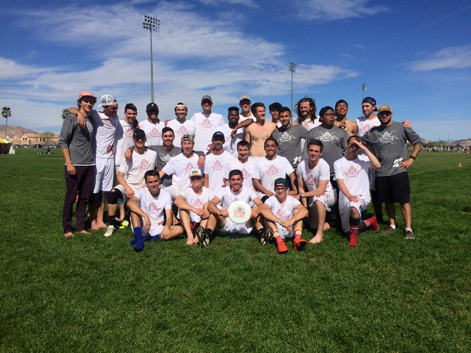 The Chico State ultimate frisbee team poses for a team photo. Courtesy of the Chico State Ultimate frisbee team