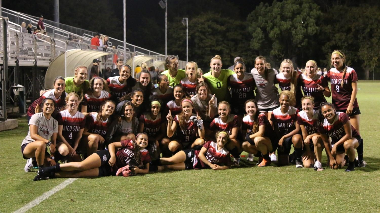Chico+State+women%27s+soccer+poses+for+a+picture+after+a+good+win.+Photo+credit%3A+Lamar+Lomack