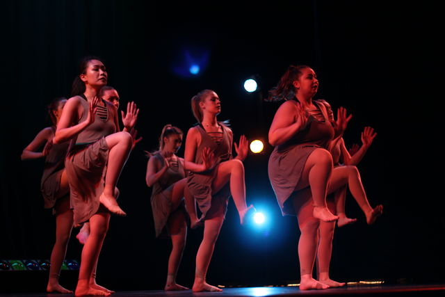 Momentum moves their audience with dance