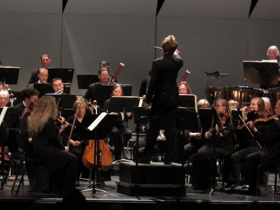Scott+Seaton+conducts+percussion+and+wind+on+Beethoven%27s+7th.