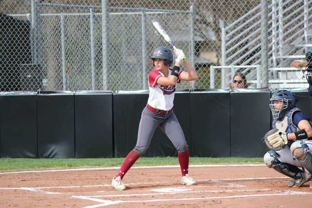 Junior+outfielder+Ari+Marsh+finished+the+day+going+5-8+with+two+RBIs+and+a+stolen+base+in+the+double+header.+Photo+credit%3A+Lindsay+Pincus