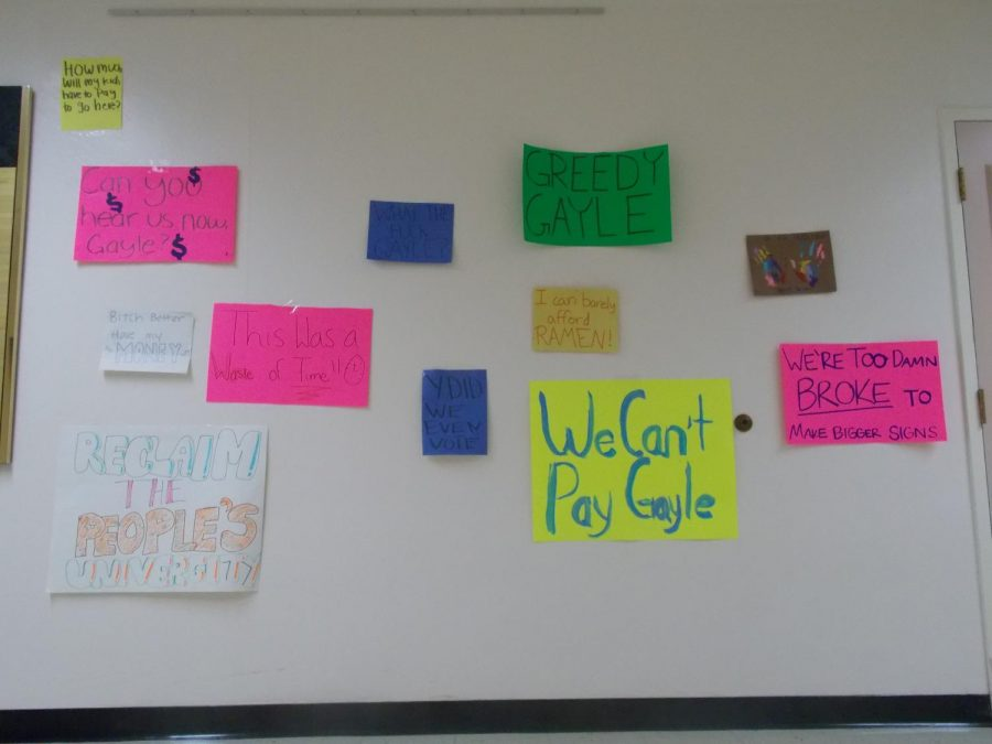 From 1 p.m. to 3 p.m., students continued to make protests and stick-on notes to place around the building.