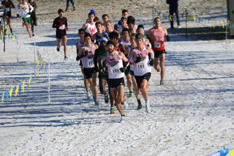 Men's cross-country hits the trail for 2015