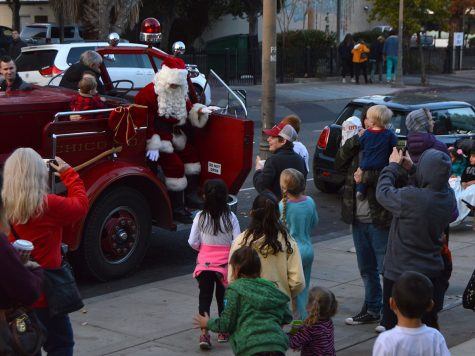 Downtown Christmas event brings joy to community and relief to Camp Fire victims