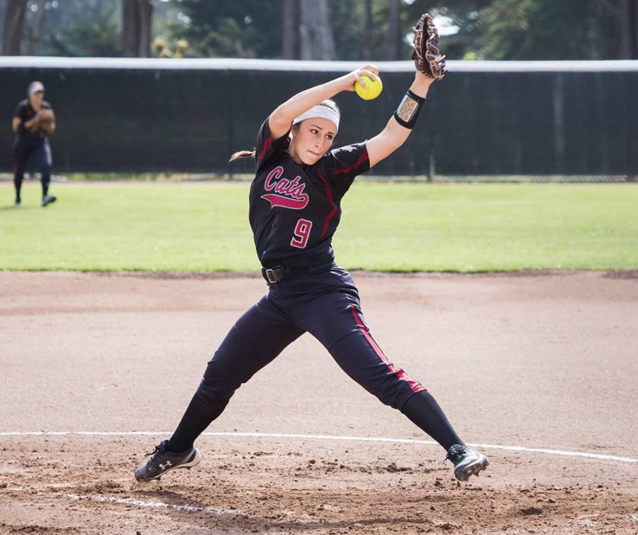 Naomi+Monahan+is+a+senior+pitcher.+She+was+named+Second+Team+All-CCAA+and+All-West+Region+selection+in+2018.+She+led+all+Wildcat+pitchers+in+winning+percentage+%28.938%29%2C+second+on+the+team+in+wins+%2815%29+and+strikeouts+%2870%29%2C+third+in+earned+run+average+%282.83%29+and+tossed+four+complete+games+and+three+shutouts.+%0APhoto+Credit%3A+Janna+Weiss+Photography