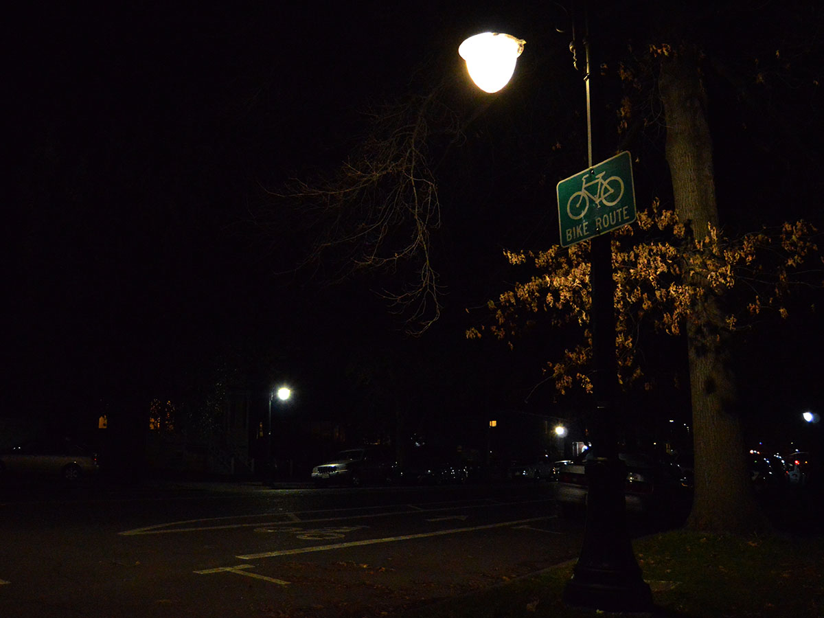 A lonely light casts a glow on the corner of Fourth and Ivy St. in Chico, CA, on Tuesday,  Feb. 5, 2019. Many students complain about the lack of lighting on the lower campus streets after the sun goes down. Photo credit: Olyvia Simpson