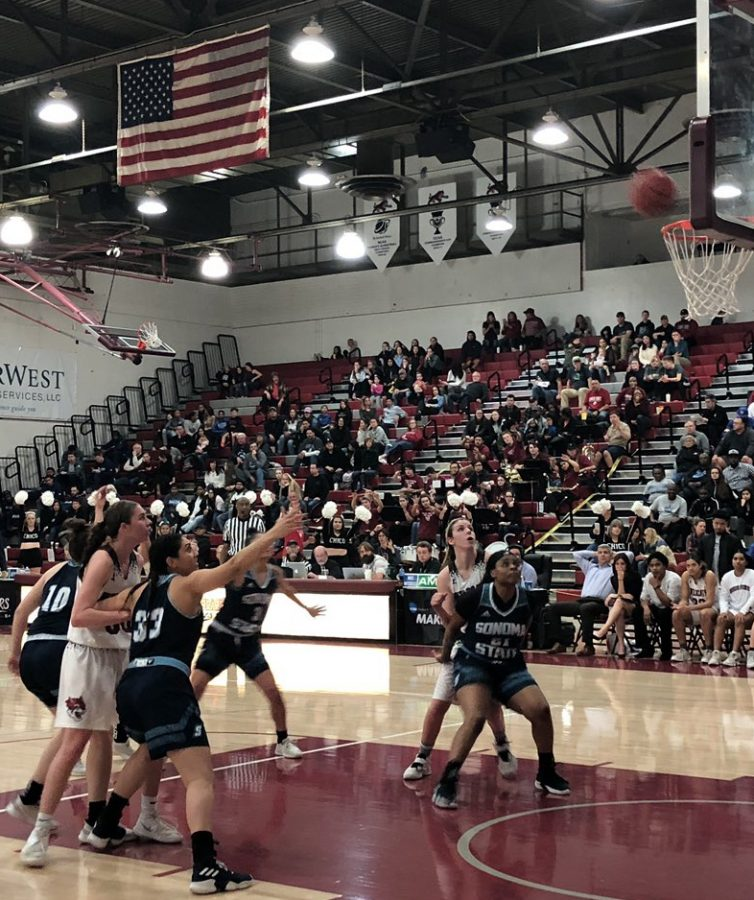 Shay+Stark+shooting+a+free-throw+attempt+against+Sonoma+State+on+Saturday.+She+ended+her+season+with+six+points+on+the+night.+Photo+credit%3A+Matthew+Ferreira