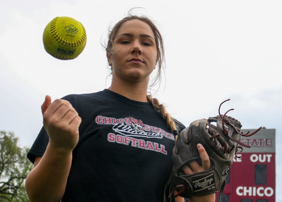 Larsen+also+excels+in+batting+and+owns+a+.316+batting+average+on+the+season+in+64+plate+appearances.+She+slugs+.406+and+has+a+.313+on-base+percentage.+She+has+20+hits+with+12+RBIs.+Photo+credit%3A+Christian+Solis