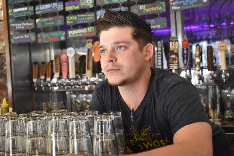 Bartender Jason Stephens