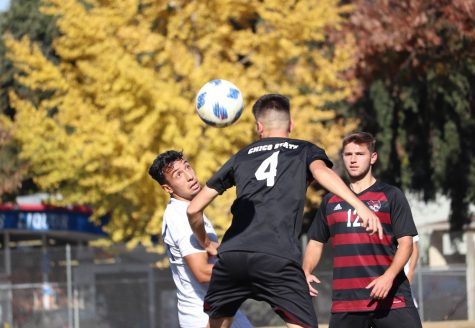 Men's soccer pitches third straight shutout