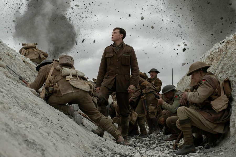 Lance+Corporal+William+Schofield+%28George+George+MacKay%29+must+complete+a+dire+mission+in+delivery+a+message+to+call+off+an+offensive+attack+and+save+hundreds+of+lives.+%0ACourtesy+of+Universal+Pictures