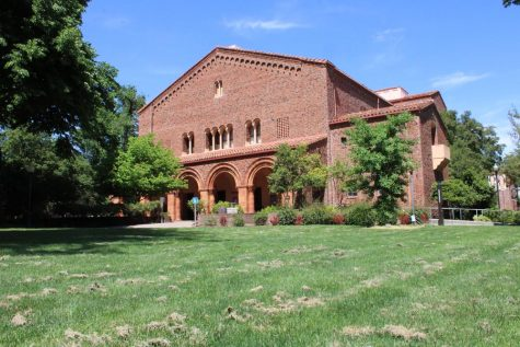 An exterior shot of Laxson Auditorium at Chico State
