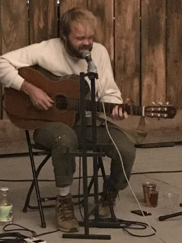 Pat Hull performing at The Barn at Meriam Park on Friday, Nov. 6. Photo credit: Kelsey Ogle