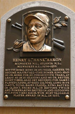 """""""Hank Aaron"""" by rgusick is licensed with CC BY-NC-SA 2.0. To view a copy of this license, visit https://creativecommons.org/licenses/by-nc-sa/2.0/"""